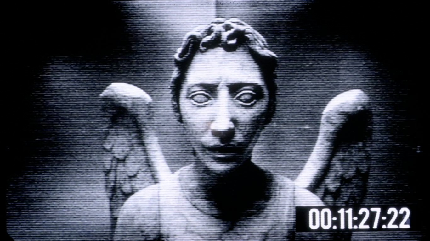 2 Microsoft Windows Pranks - Weeping Angel And Steam Live ... Creepy